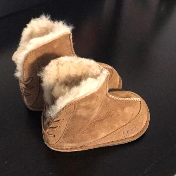 0d9ff445c7e Ugg Baby boo sheepskin booties